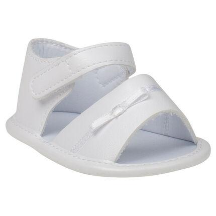 Witte sandalen met strik