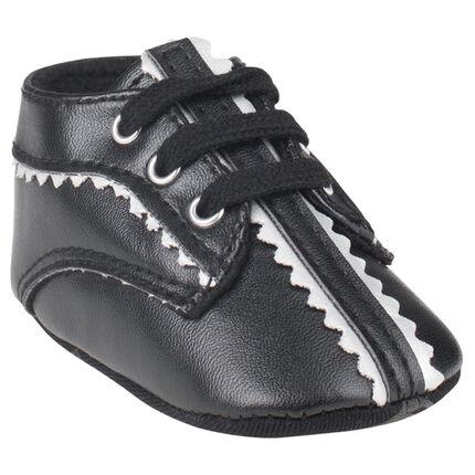 Boots veters in zwarte kleur