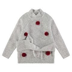 Trui van zachte tricot met pompons en knooplintjes aan de taille