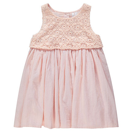 Robe rose bi-matière en dentelle et crêpe