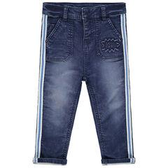 Jeans met used en crinkle effect en stroken aan de zijkanten