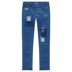 Junior - Jeans met used en crinkle effect en borduurwerk met bloemen