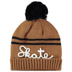 Bonnet en tricot avec inscription en cordelette et pompon