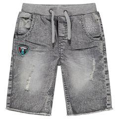 Bermuda van jeans met used effect, badge en slijtage