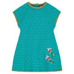 Robe en tricot avec fleurs brodées
