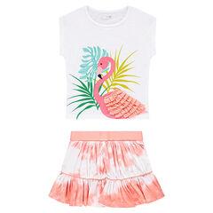 Ensemble met T-shirt met roze flamingo en rok met shibori-effect