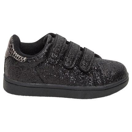 Lage sneakers met zwarte pailletjes en drie klittenbandsluitingen