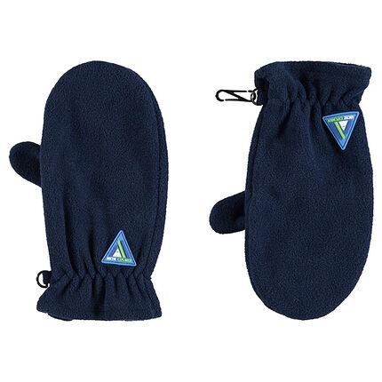 Wanten van fleece met rubberen badge in de vorm van een driehoek