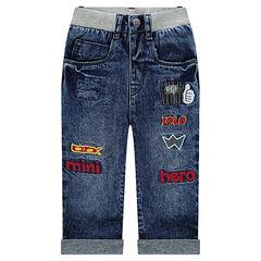 Jeans effet neige avec badges et taille élastiquée