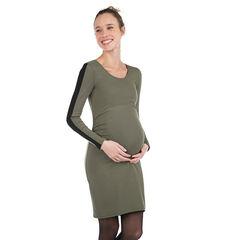 Zwangerschapsjurk met lange mouwen van gebreide stof en met contrasterende banden