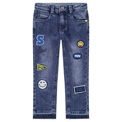 Jeans met used effect en opgestikte ©Smiley badges