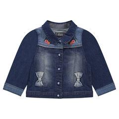 Veste en jeans effet used avec patchs et broderies florales