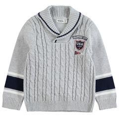 Pull torsadé en tricot avec badge brodé et bandes contrastées