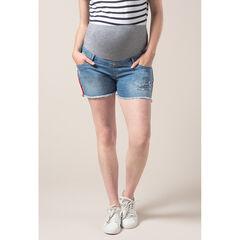 Short de grossesse en jean effet used à bandes sur les côtés