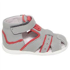 Lederen sandalen met klittenbandsluiting en met contrasterende inzetstukken