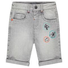 Bermuda en jeans effet used avec prints forme badges