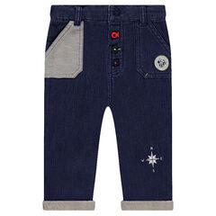 Pantalon en molleton effet jeans Disney avec badge Mickey