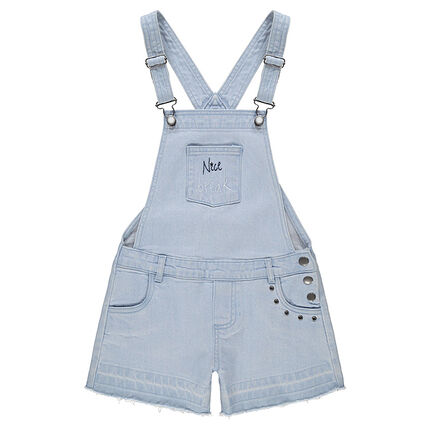 Salopette-short en jeans effet used avec rivets fantaisie