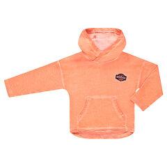 Sweater met kap in geverfde molton, met patchbadge in de vorm van een wapenschild