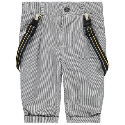 Broek met fijne streepjes en afneembare schouderbandjes en met voering van jerseystof