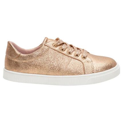 Lage, gouden sneakers met veters