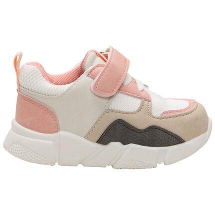 Sneakers met contrast en mesh inzetstuk