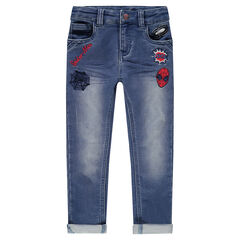 Jeans met used effect en geborduurde badges van ©Marvel Spiderman