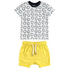 Ensemble avec tee-shirt manches courtes avec soleils all-over et short jaune