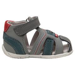 Lederen sandalen met contrasterende riemen en klittenband