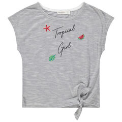 T-shirt manches courtes à fines rayures et motifs brodés.