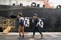 Dock workers 8-14 ans